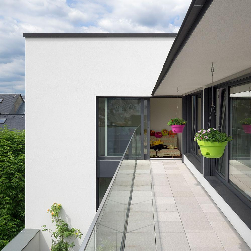 Terrassen und Tore